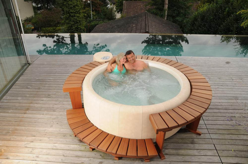 Whirlpools wellness f r zu hause mitterhofer gartengestaltung - Whirlpool fur terrasse ...